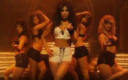 Priyanka Chopra sexy in movie gunday wallpapers