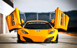 Sports And Racing Car Wallpaper 21