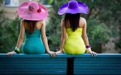beautiful two girls hd wallpapers