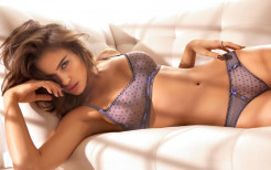 Irina Shayk hot Wallpaper