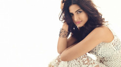 Sonam Kapoor hd photos Free Download