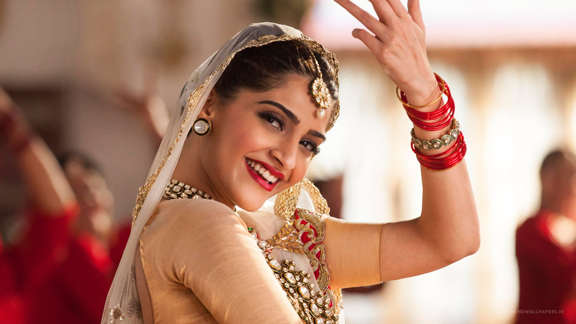 sonam Description: sonam kapoor (born 9 june 1985) is an indian film actress who appears in bollywood filmsshe is the daughter of actor anil kapoor she graduated from college in political science and economics.